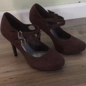 Brown Suede Mary Janes sz 7